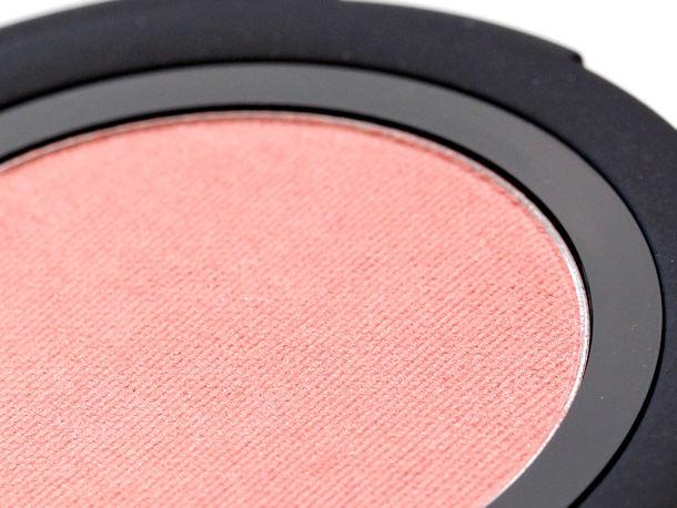 Gorgeous Cosmetics Colour Pro Powder Blush Peach Glow closeup