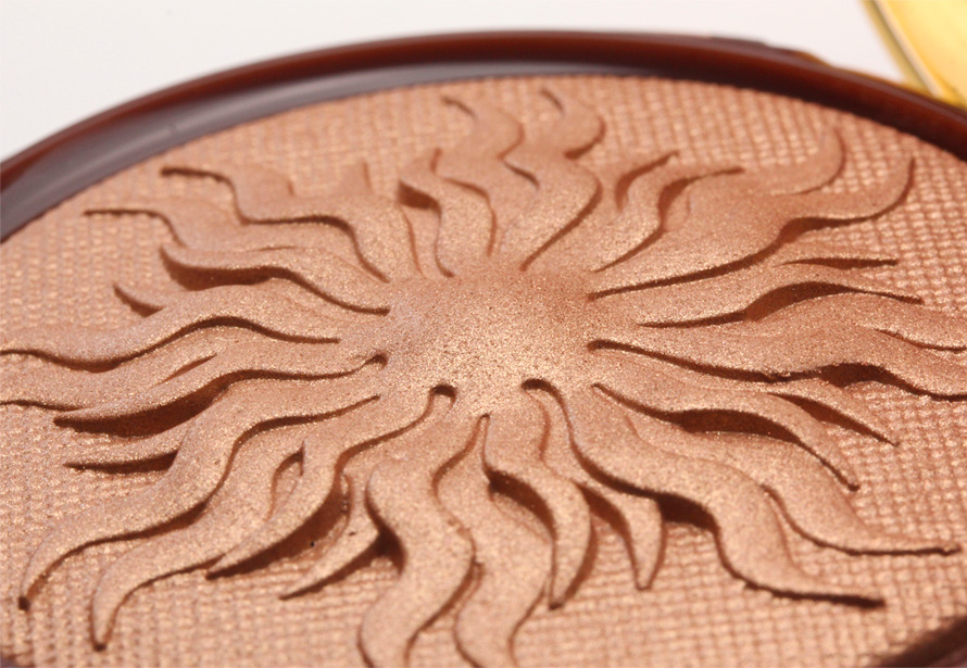 Physicians Formula's Bronze Booster Glow-Boosting Airbrushing Bronzing Veil big