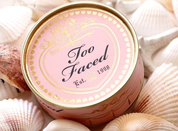 Too Faced Sweetheart Beads Radiant Glow Face Powder 2