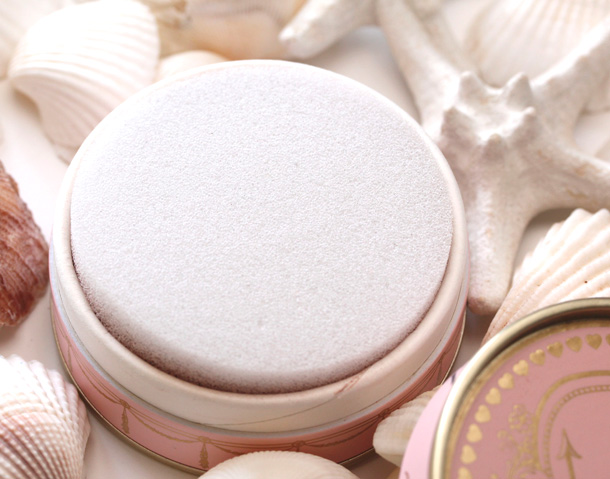 Too Faced Sweetheart Beads Radiant Glow Face Powder 4