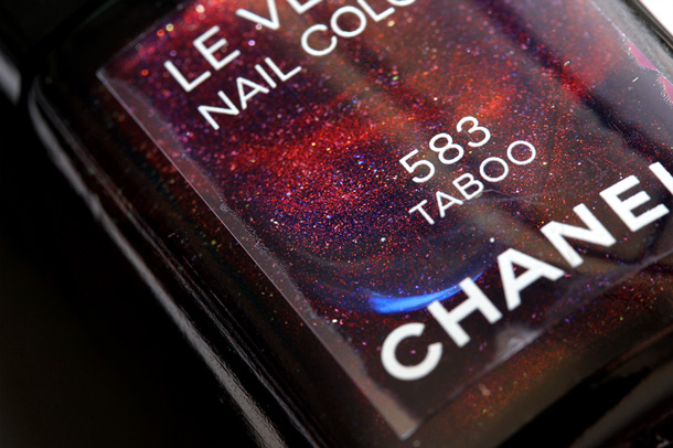 Chanel Taboo Le Vernis Nail Colour