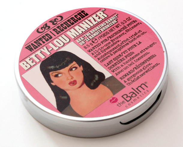 theBalm Betty-Lou Manizer packaging