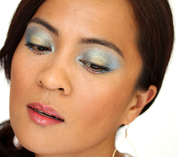 Chanel Stylo Eyeshadows in Jade Shore, Cool Gold, Moon River, Black Stream and Pink Lagoon