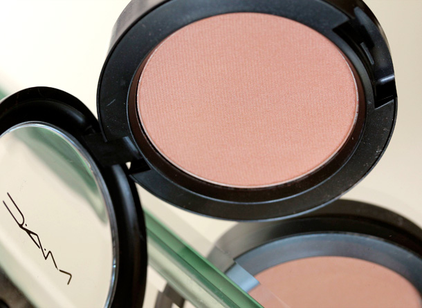 MAC Nudes & Metallics: Barefaced Blush