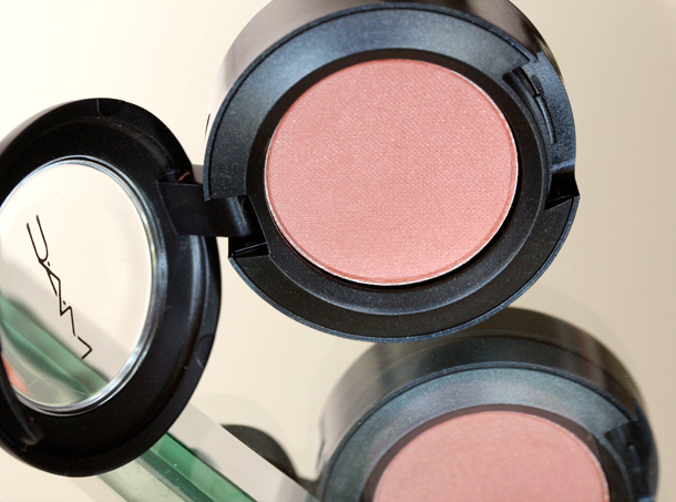 MAC Nudes & Metallics: Body Conscious Eye Shadow
