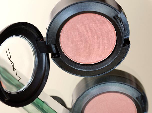 MAC Nudes & Metallics: Body Conscious Eye Shadow