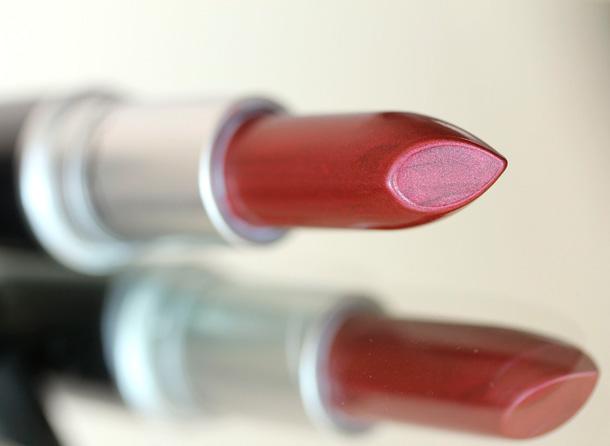 MAC Nudes & Metallics: Show-All Lipstick