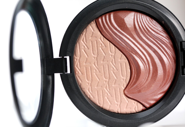 MAC Shape the Future Skinfinish
