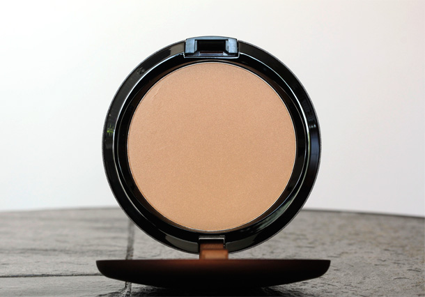 MAC Nude on Board Pro Longwear Bronzer
