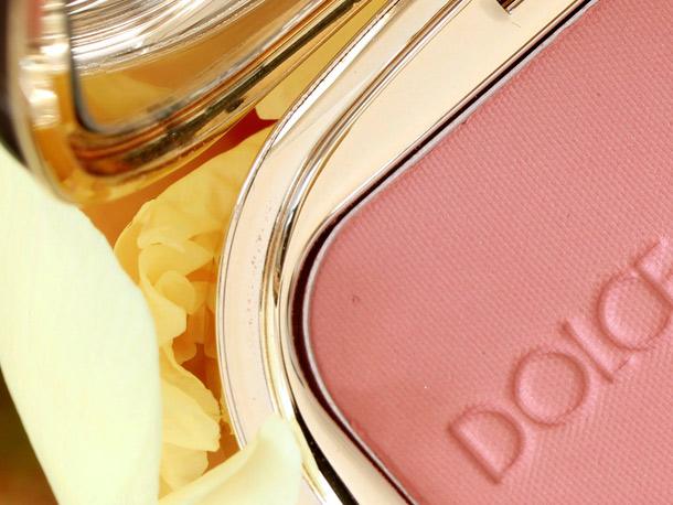 Dolce & Gabbana Peach Blush 3