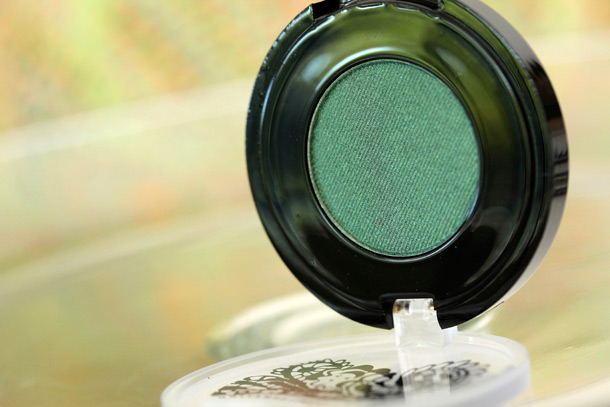 Senna Emerald Eye Color from the Sungold Color Collection