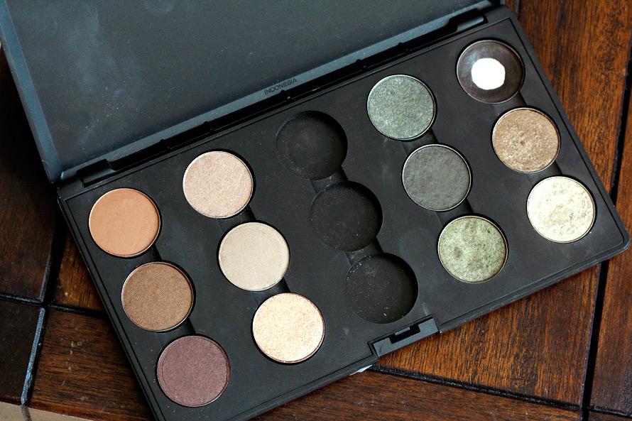 MAC 15-Pan Palette