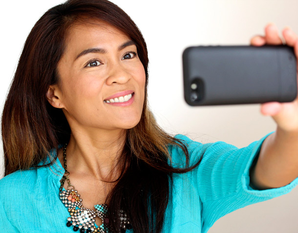 How to Take a Good Selfie: Tips and Tricks!