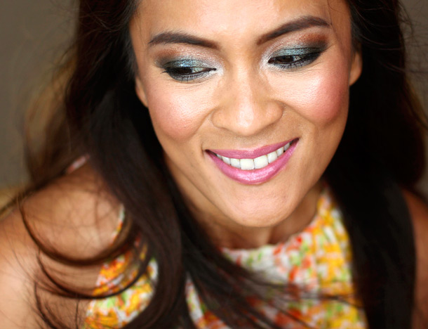 MAC Calpso Beat Cremesheen, Hip 'N' Happy Lip Liner and Divine Choice Mineralize Rich Lipstick