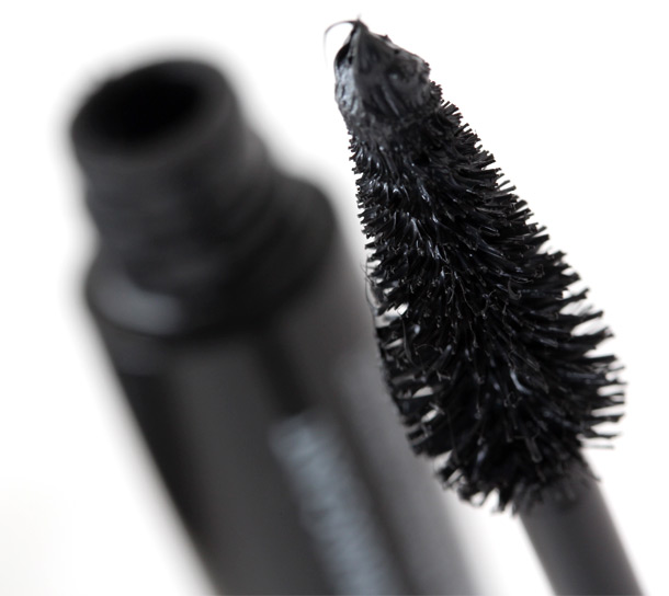 Make Up For Ever Smoky Extravagant Mascara wand