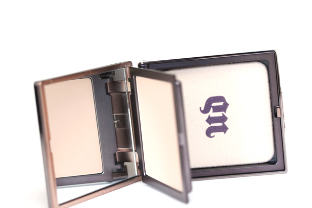 Urban Decay Naked Skin Ultra Definition Pressed Finishing Powder packaging side view 2