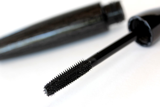 MAC In Extreme Dimension 3D Black Lash Stubby Brush