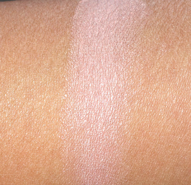 MAC Perky Paint Pot Swatch
