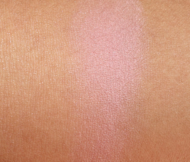 Maybelline Fit Me Blush Light Rose Swatch