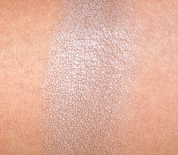 Benefit Luv It Up Thanks a Latte Swatch