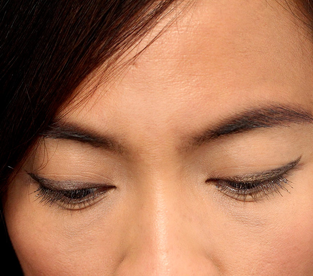 Chanel Ligne Graphique de Chanel Liquid Eyeliner in Bronze