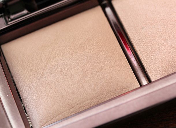 Hourglass Ambient Lighting Palette Dim Light