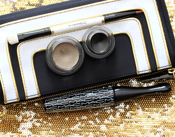 MAC Stroke of Midnight Eye Bag in Gold