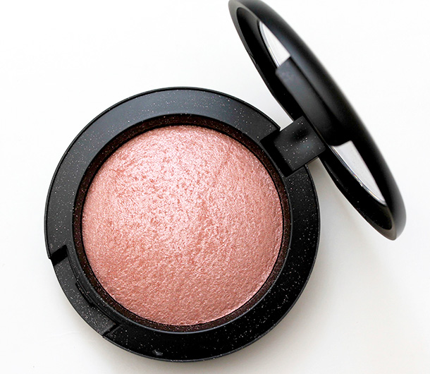 MAC Mineralize Blush in Talk of the Town