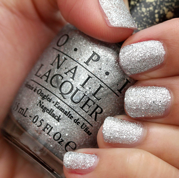 OPI It's Frosty Outside