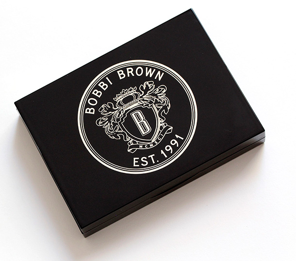 Bobbi Brown Deluxe Lip and Eye Palette packaging