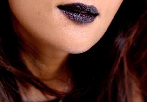MAC Hautecore Friday Lipstick lip closeup