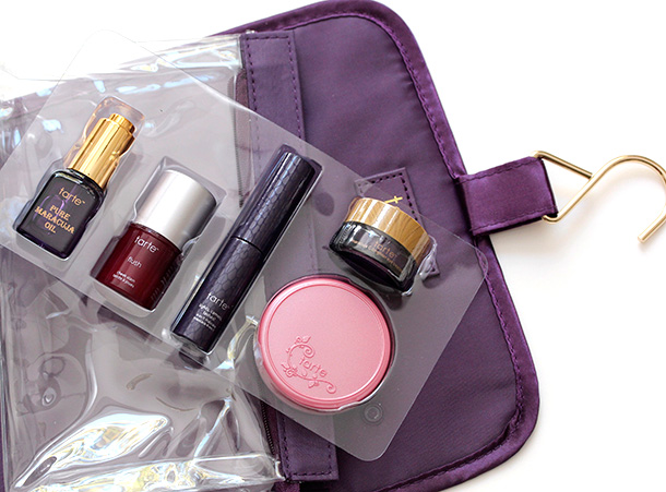 Tarte The Tarte of Giving Collectors Set Travel Bag Eye Palette