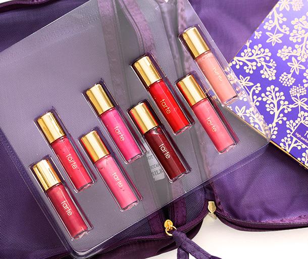 Tarte The Tarte of Giving Collectors Set Travel Bag Mini Lip Glosses