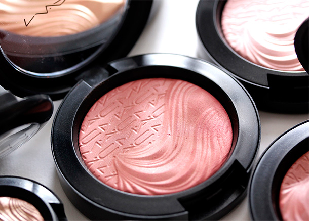 MAC Autoerotique Extra Dimension Blush, a dirty coral rose with a Satin finish