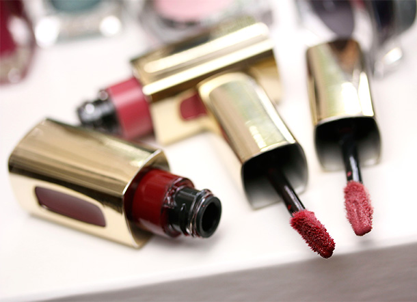 L'Oreal Colour Riche Extraordinaire Lip Color Swatches in Scarlet Concerto and Blushing Harmony