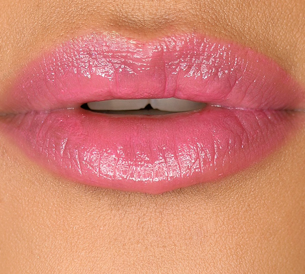 MAC Patentpolish Lip Pencil in Fearless, a deep bluish pink
