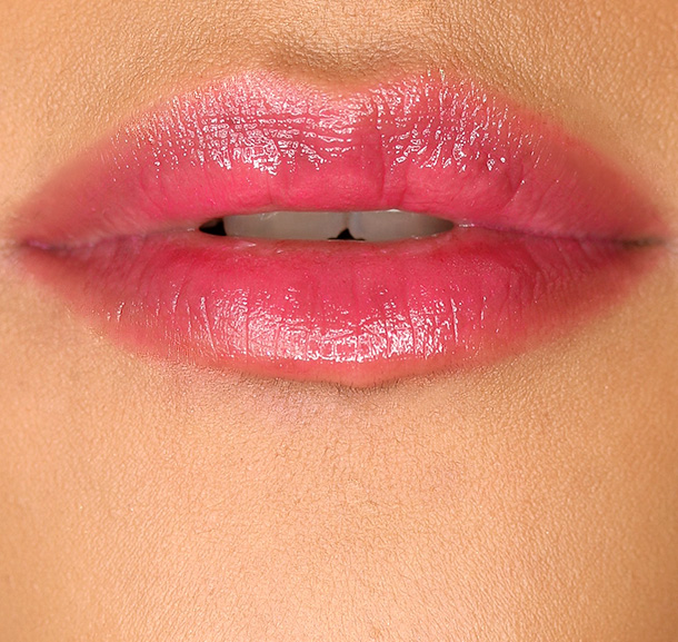 MAC Patentpolish Lip Pencil in Hopelessly Devoted, a fuschia
