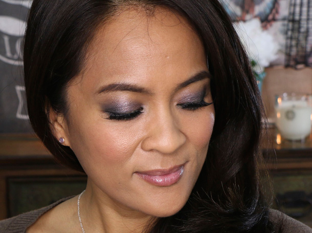 A smokey plum eye makeup tutorial