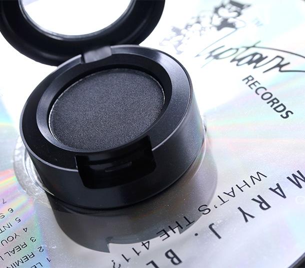 MAC Diesel Eye Shadow