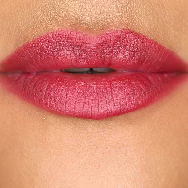 Hourglass Panoramic Lip Pencil in Empress Swatch