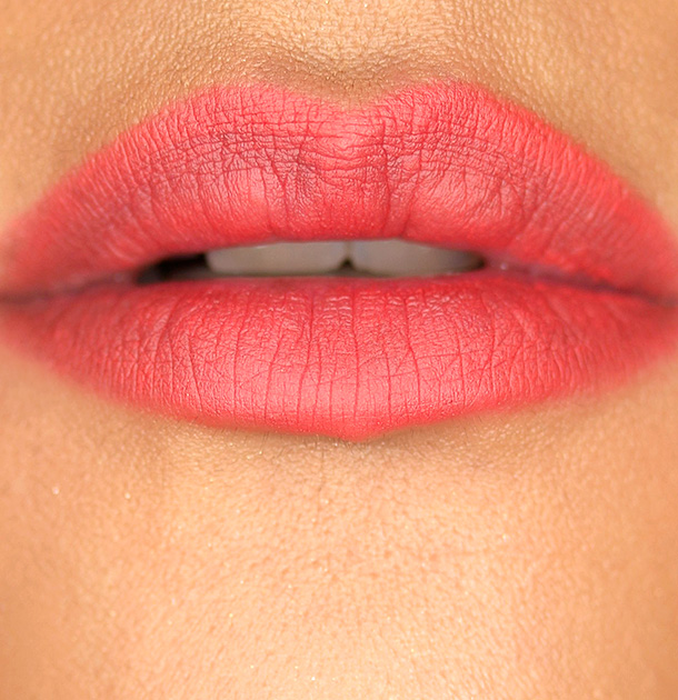 Hourglass Panoramic Lip Pencil in Muse Swatch