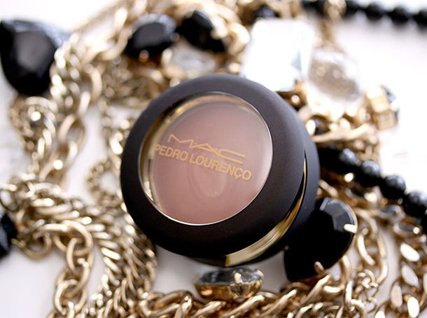 MAC Pedro Lourenco Cream Colour Base in Hush