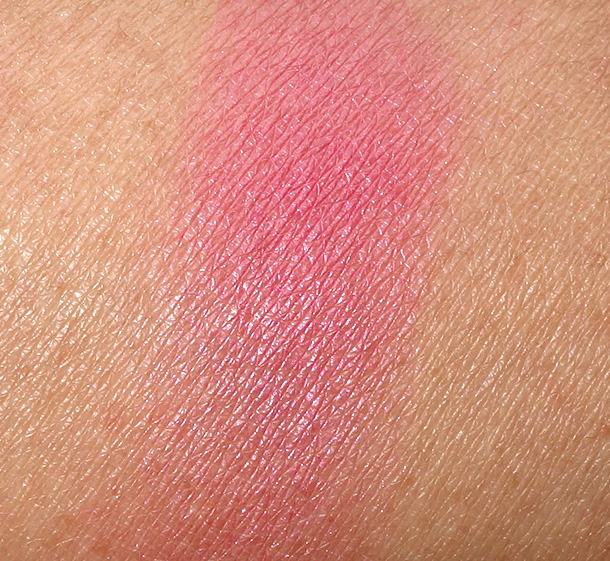 MAC Sharon Osbourne Peaches & Cream Powder Blush Swatch