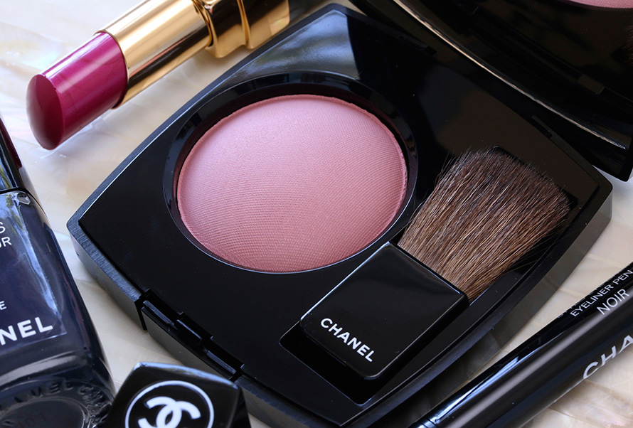 Chanel Joues Contraste Blush in Innocence