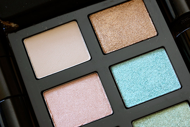 Bobbi Brown Surf Palette closeup