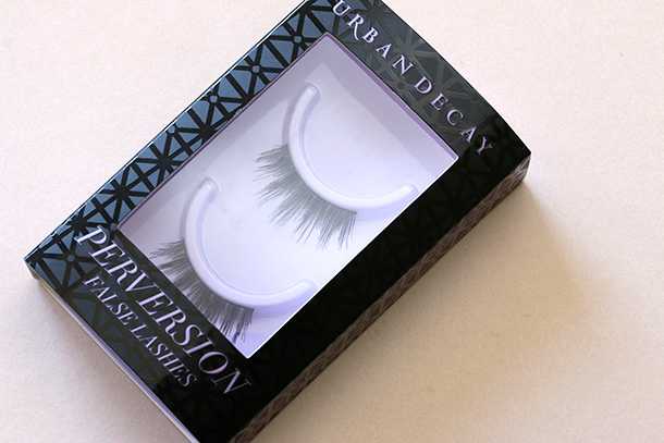 Urban Decay Perversion False Lashes in Trap