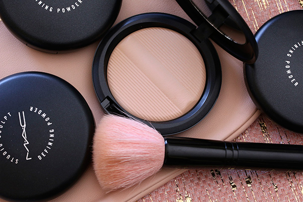 MAC Studio Sculpt Defining Powder in Light Plus