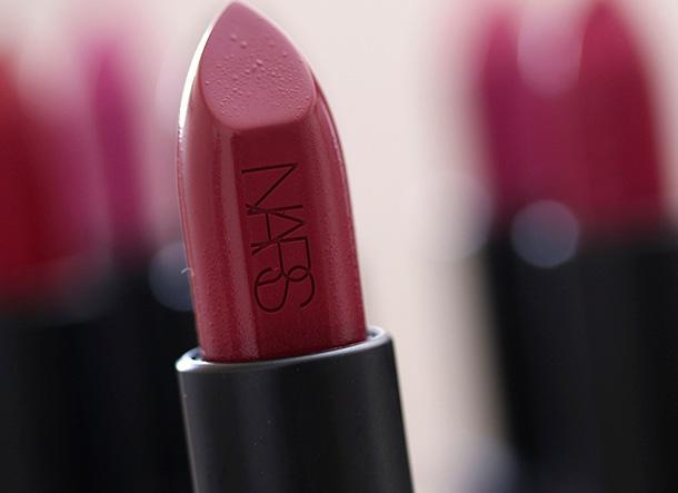 NARS Audacious Lipstick in Vivien