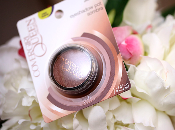 Covergirl Queen Collection Eye Shadow Pot in Dazzle Q185