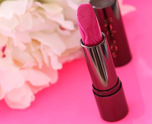 Hourglass Velvet Creme Lipstick in Fever
